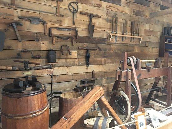Waynesboro, PA: Renfrew's Blacksmith and Tannery Tools
