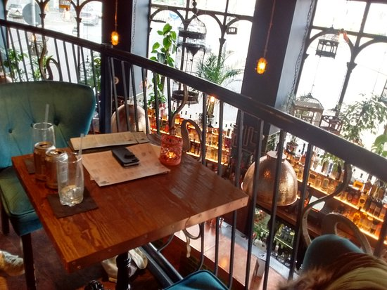 bird and bear bar and restaurant dundee restaurant. Black Bedroom Furniture Sets. Home Design Ideas