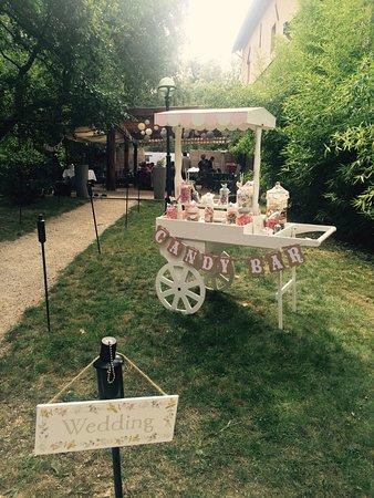 Rhone, Francja: Privatisation du restaurant pour un mariage ou autres