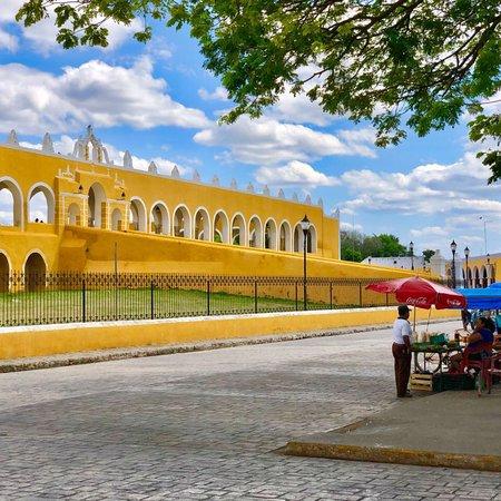 El Atrio del Convento de Izamal: photo7.jpg