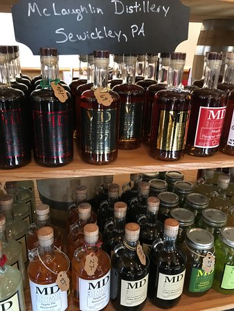 Sewickley, เพนซิลเวเนีย: A very large selection...