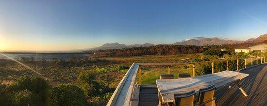 Gordon's Bay, Güney Afrika: View over the bay!