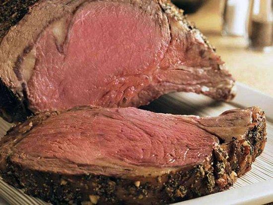 Palmerton, PA: Prime rib, cooked how I like it.