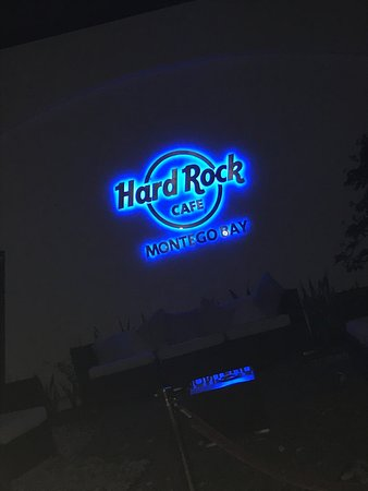 Hard Rock Cafe Montego Bay: outside