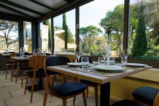 La Nouvelle Veranda Salle A Manger Du Restaurant Belvedere