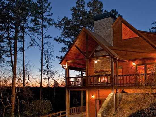 Blue Ridge, GA: Relax at your cabin in the Chattahoochee National Forest