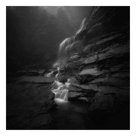 Katoomba, أستراليا: The base of Bridal Veil Falls on a misty and wet early morning. 