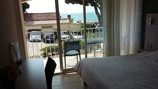 Hotel de la Plage: Camera con balcone vista mare