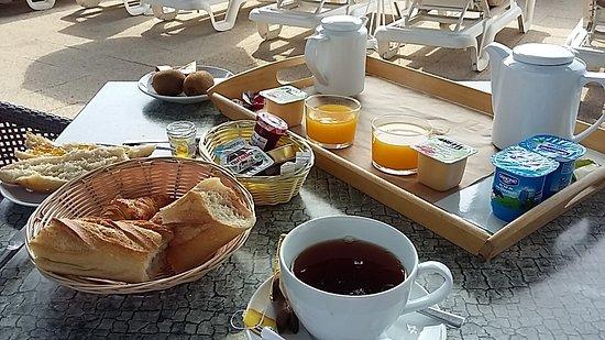 Hotel de la Plage: Ottima colazione sul mare