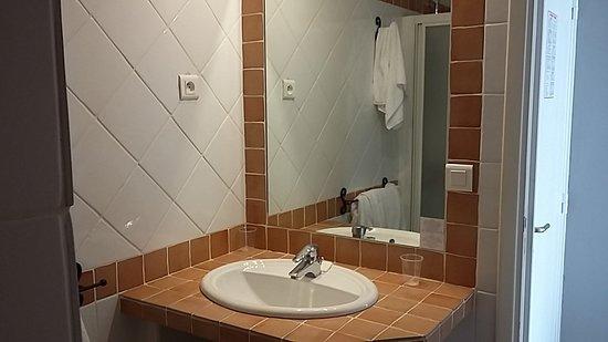 Hotel de la Plage: Bagno con doccia