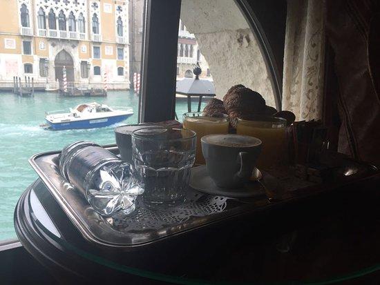Hotel Galleria: colazione sul canal grande