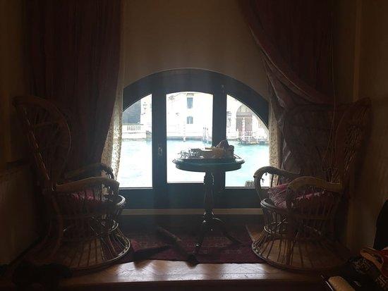 Hotel Galleria: camera vista canal grande e ponte dell'accademia