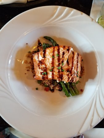 Platteville, WI: Pan Seared Norwegian Salmon