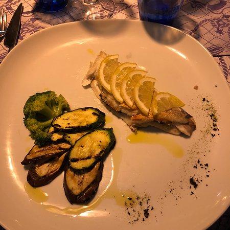 Al Mare Restaurant & Bar: photo0.jpg