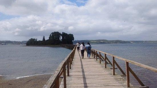 Quemchi, Cile: Puente de la Isla de Aucar