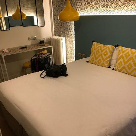 brilliant room design. Le Regent Montmartre  Brilliant room x large double balcony very hot bath Picture of