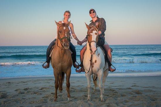 Virginia Beach Horseback Romance
