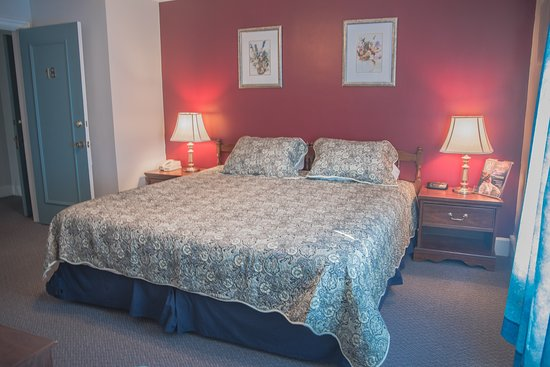 Pictou, Canada: Standard King bed room 1