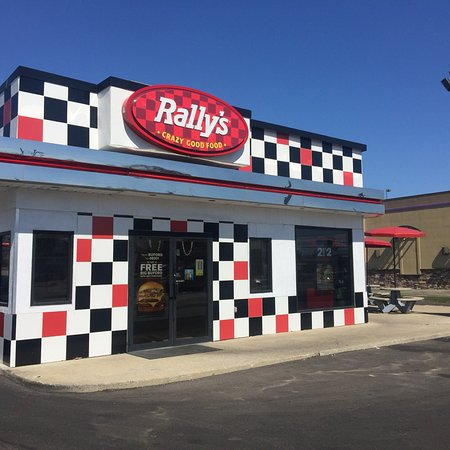 Seymour, IN: Rally's Hamburgers