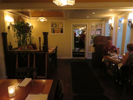 Abbondanza Italian Restaurant Dining Area
