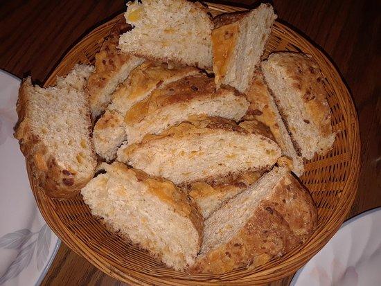 Bayport, MN: Beer cheese bread