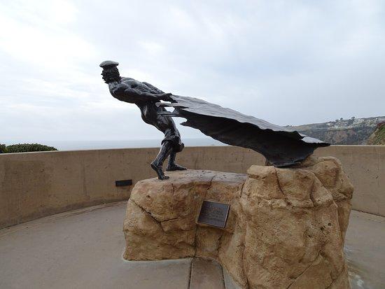 Dana Point, كاليفورنيا: The hide drogher sculpture public art