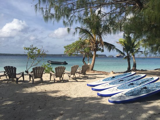 Piti, หมู่เกาะมาเรียนา: Our Private beach at Apra Harbor Guam, SUP, PADI Classes, SeaTREK and more!
