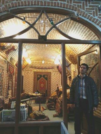 Bazaar of Tabriz: IMG_20180316_082925_large.jpg