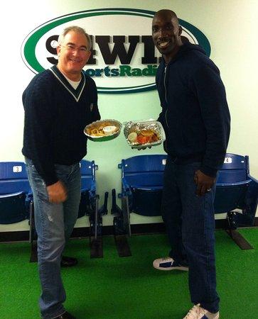 Wayne, PA: Michael Barkann & former Eagle Ike Reese!