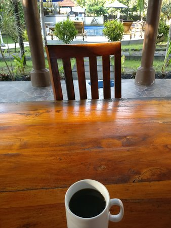 Two Fish Divers Lembongan : a view from the first cup of coffee