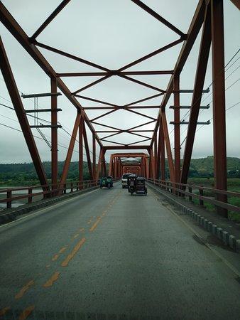 Buntun Bridge: while crossing the bridge