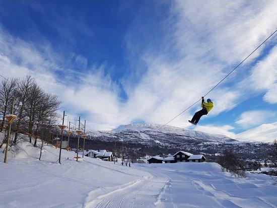 Bjorli, Νορβηγία: Parken har 10 zip-liner.