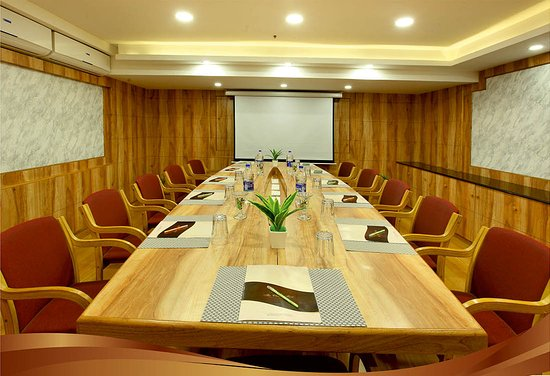 Tripunithura, India: Board room  meetings