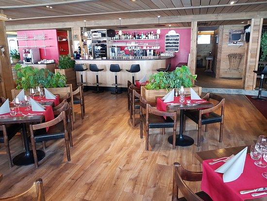 Au chalet restaurant anzere restaurant reviews phone number photos tripadvisor - Chalet cuisine ...