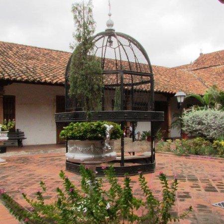 Mompos, Colombie : Haciendo Cultura para una PAZ duradera