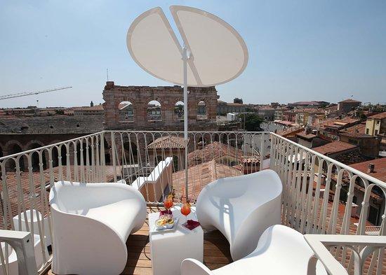 Terrazza Arena Sky Lounge Bar Picture Of Hotel Milano