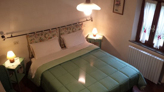 B&B A Casa di Lizzy: The green bedroom: it can have from 2 to 3 beds