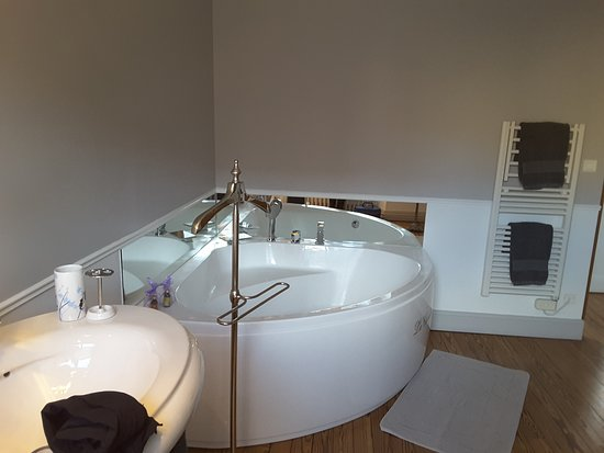 La Chevalee : Salle de bains