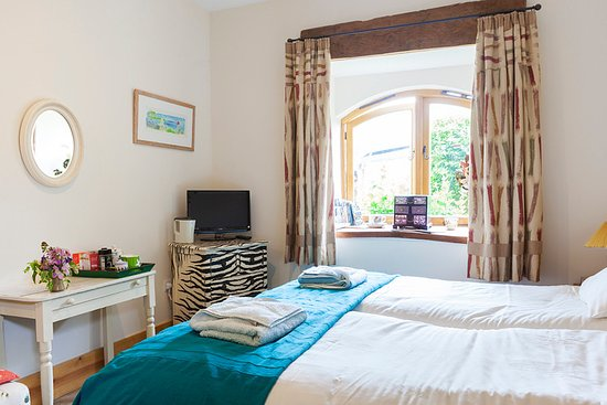 Runnington, UK: Twin ensuite bedroom