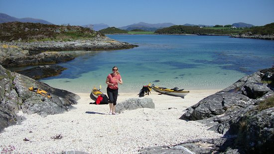 Plockton, UK: Beautiful turquoise waters and an archipelago of islands to explore - perfect!