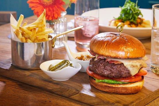 إلينبورو بارك: Burger in The Horse Box 