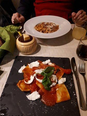 Ristorante agrodolce vini e vizi in roma con cucina cucina for Menu cucina romana