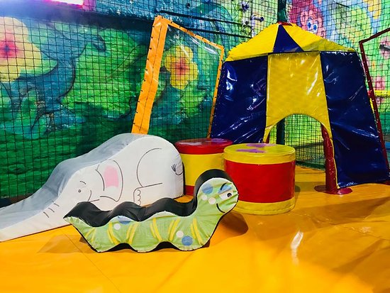 ‪Go Bananas Soft Play‬