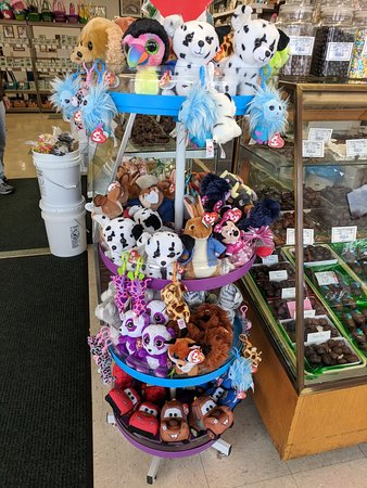 Circleville, OH: a large assortment of plush Ty animals