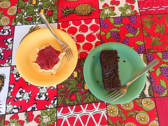 Island Bakery & Sweets: Yummy bakery treats