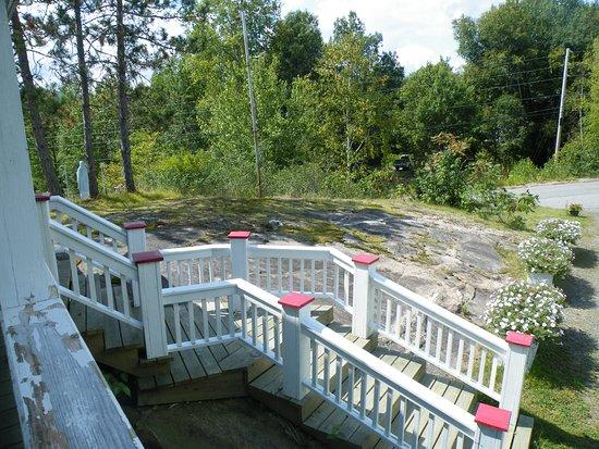 Grandes-Piles, Canada: Entrée, maison bâtie sur un cap de roche