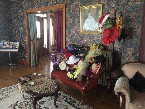 Abilene's Victorian Inn Bed & Breakfast Photo