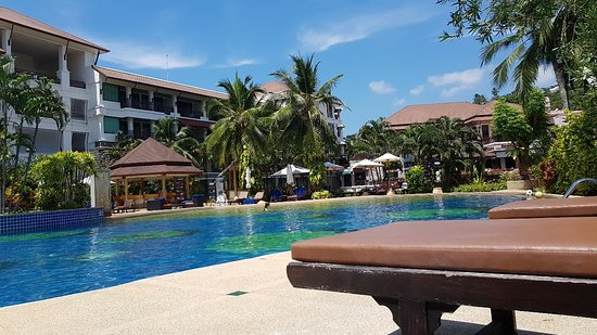 Hotel Alpina Phuket Nalina Resort