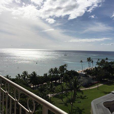 Waikiki Shore: ワイキキ ショア