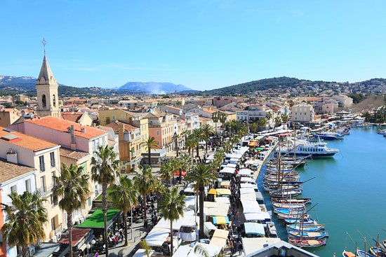 Sanary-sur-Mer, Frankrike: Le plus beau marché de Provence Alpes Côte d'Azur